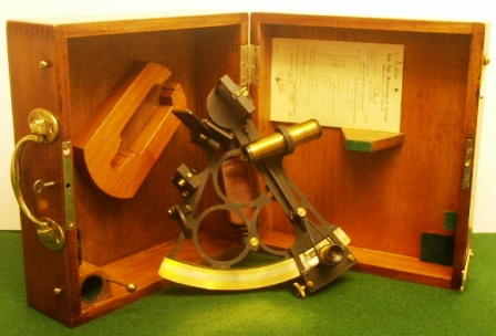 Late 19th century octant in original mahogany case. Maker unknown. Adjusted by Kon. Ned. Meteorologisch Instituut, Rotterdam 26th May 1930, circle frame, silver scale and a vernier with a magnifier to assist scale readings, one telescope and one sun-filter.