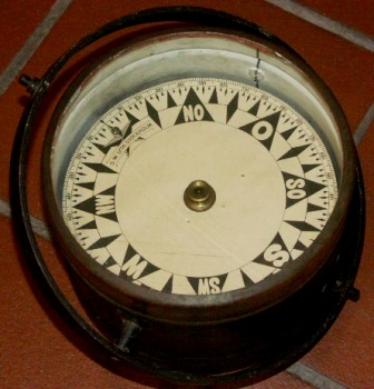 Late 19th century dry compass made by G.W. Lyth Stockholm. Legible also from underneath.