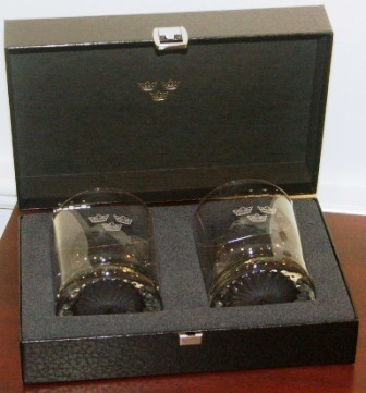 Glasses with the Royal Three Crowns